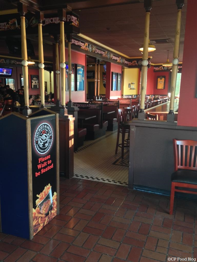 140508 Cedar Point Chickie's & Pete's Interior (1)