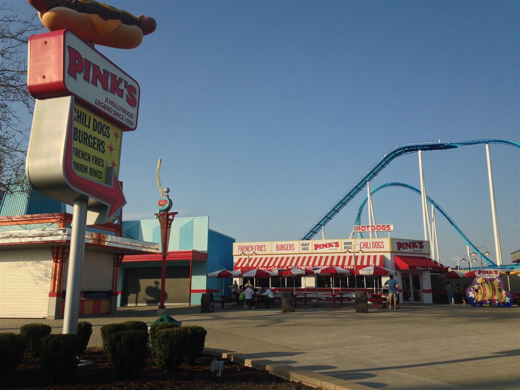 140508 Cedar Point Pink's Exterior