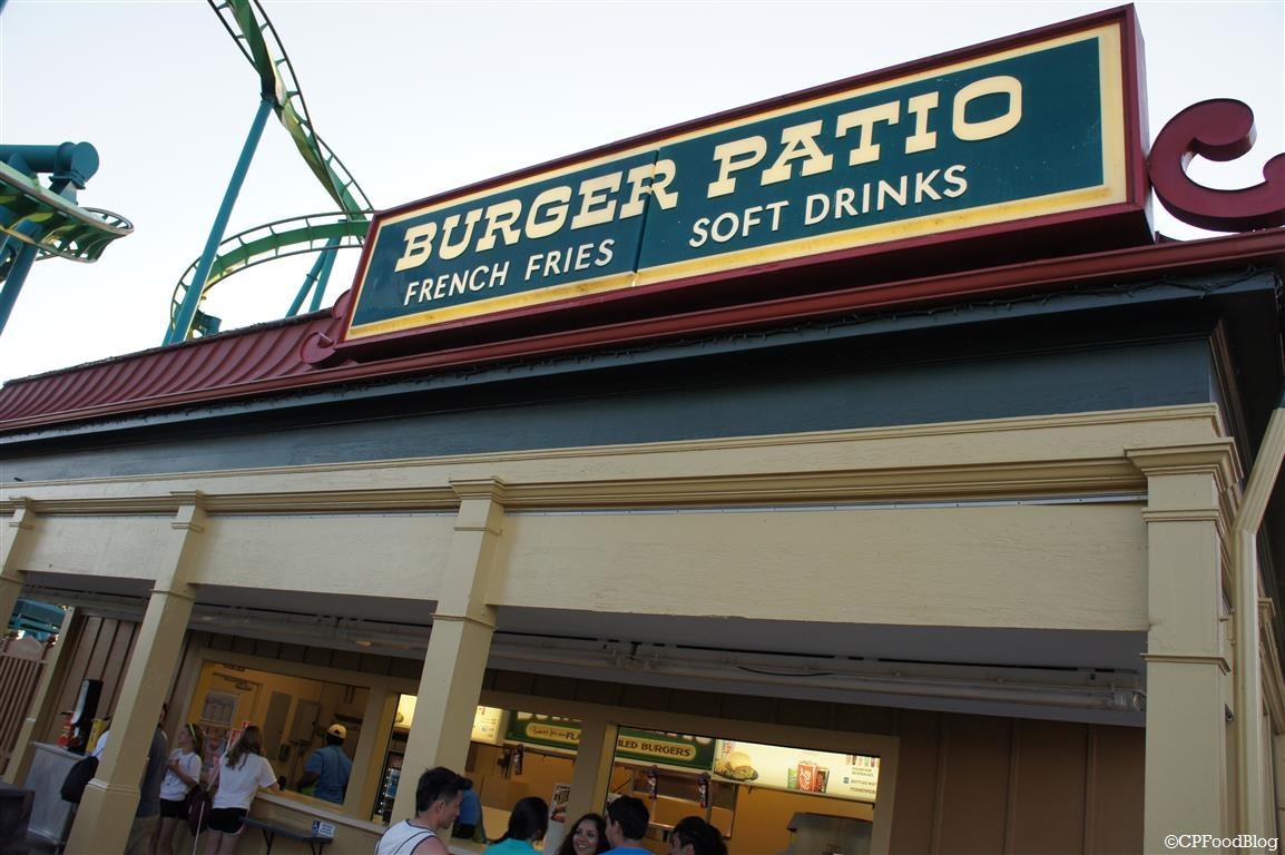 140524 Cedar Point Burger Patio