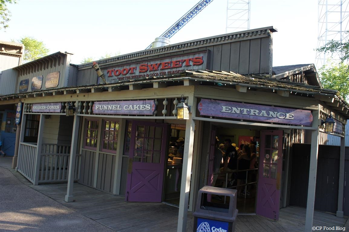 140524 Cedar Point Toot Sweets Exterior