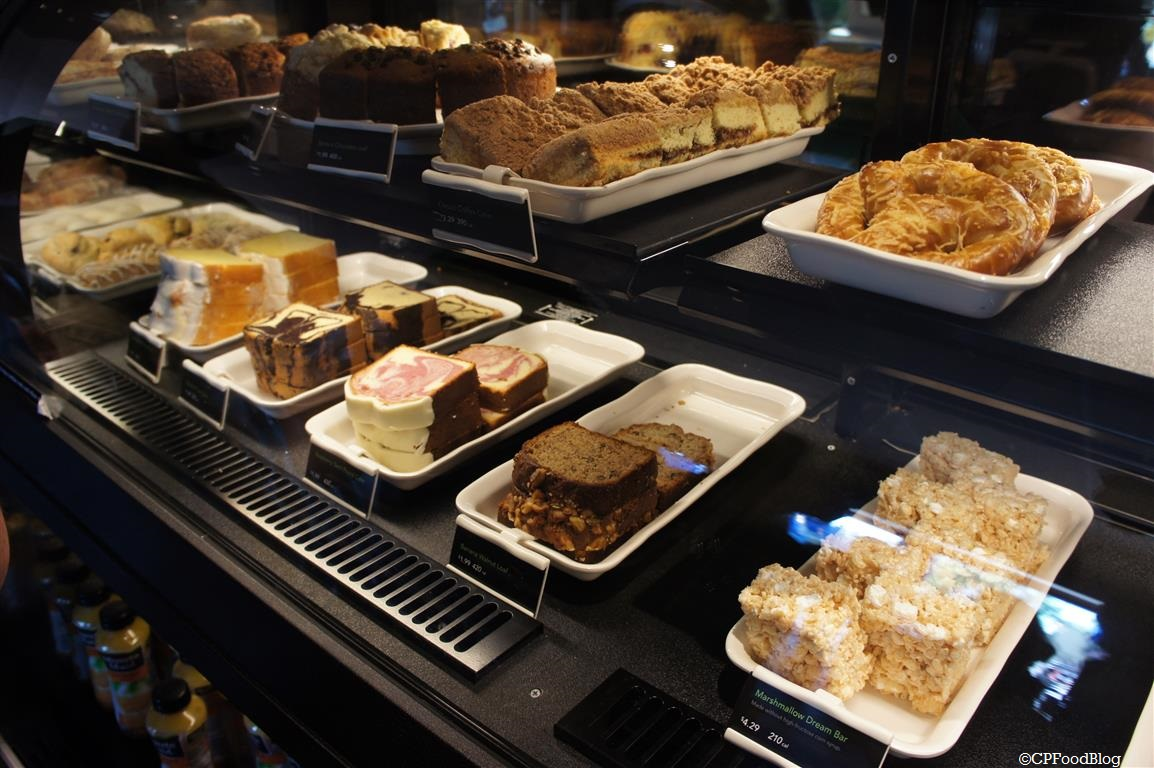 140525 Cedar Point Starbucks Pastry Cases (1)