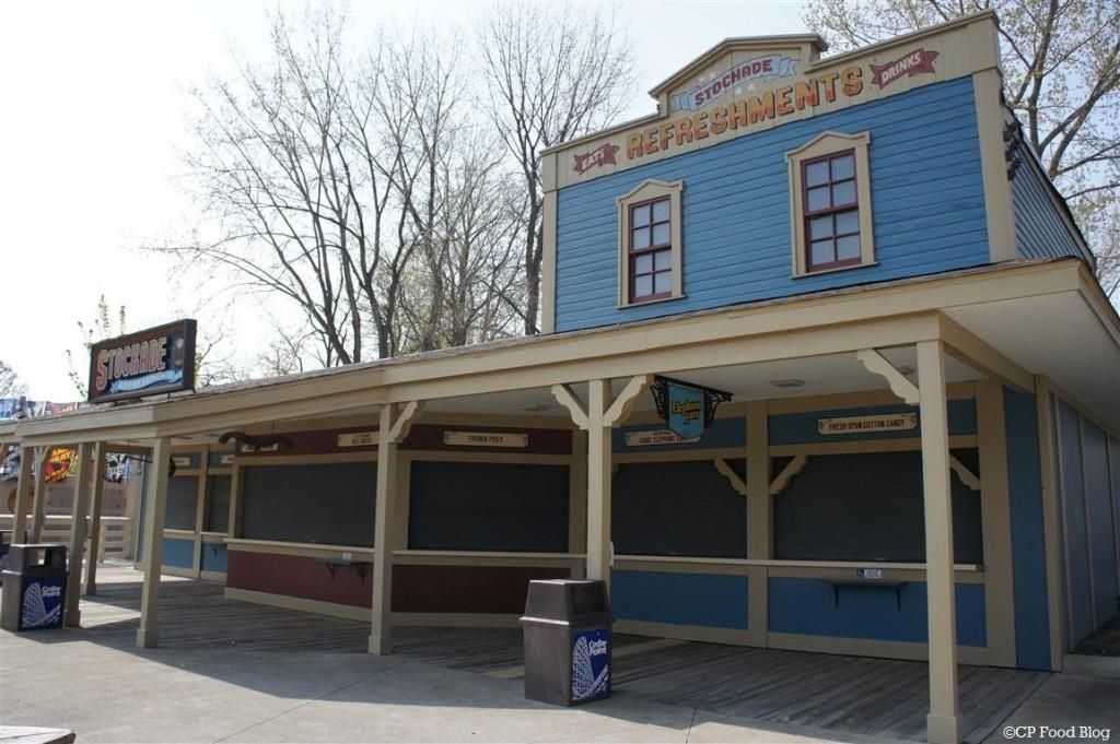 140508 Cedar Point Stockade Refreshments