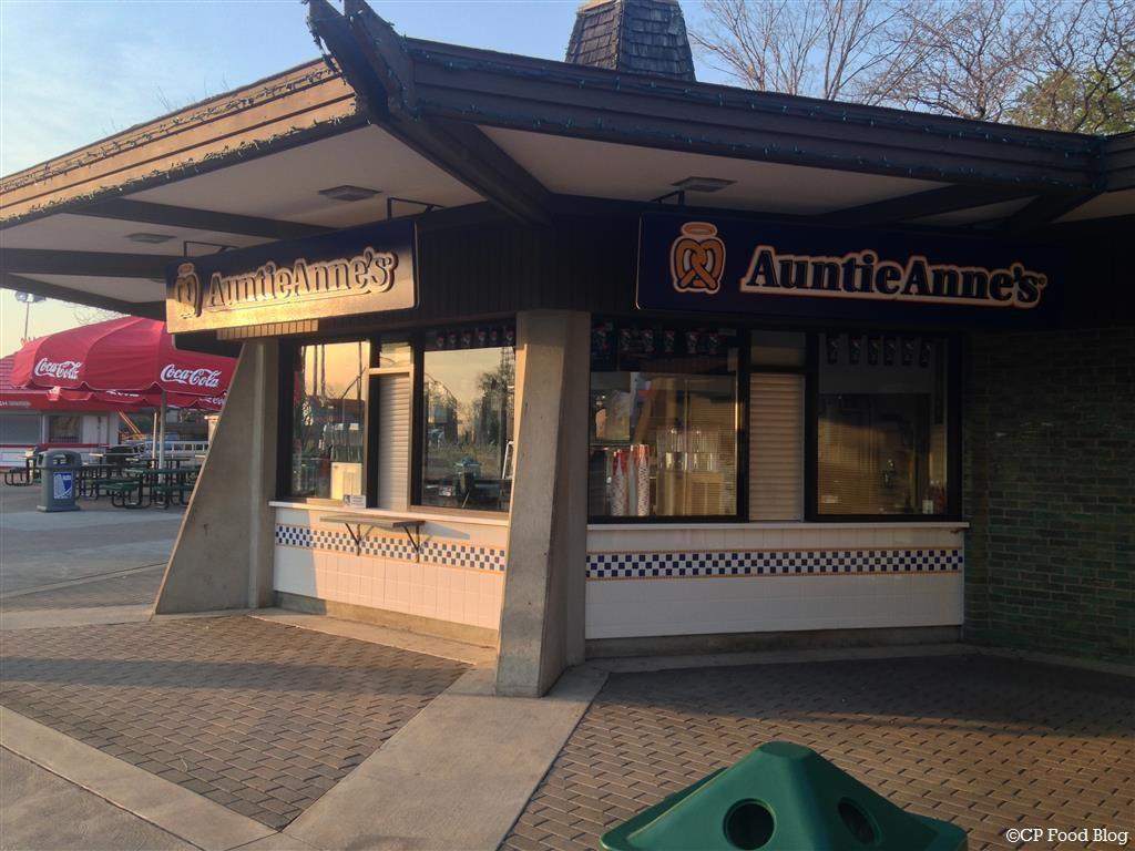 140508 Cedar Point Auntie Anne's Midway