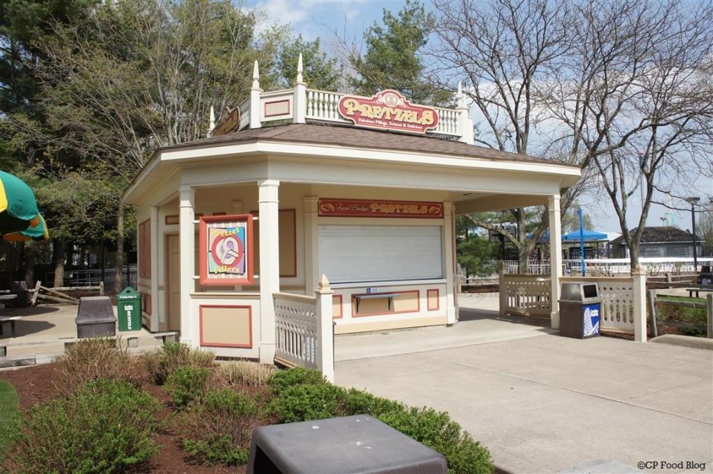 140508 Cedar Point Pretzels Stand
