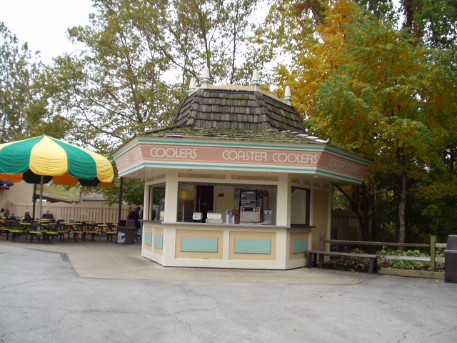 2002 Cedar Point Coaster Coolers Stand ©Andrew Hyde (@OnlineHyde)