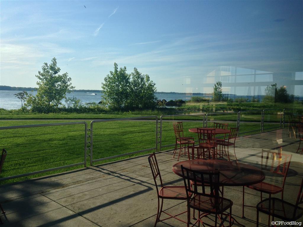 140525 Cedar Point Breakwater Cafe Interior (5)