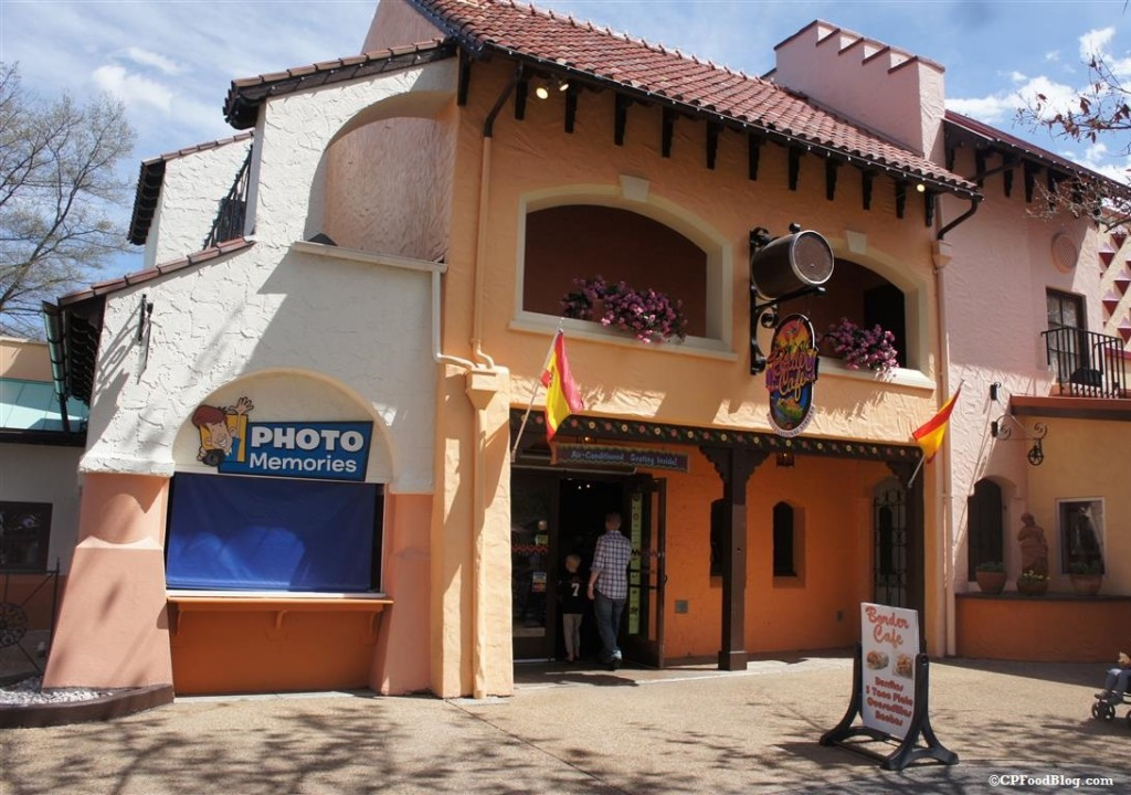 150411 Kings Dominion Border Cafe