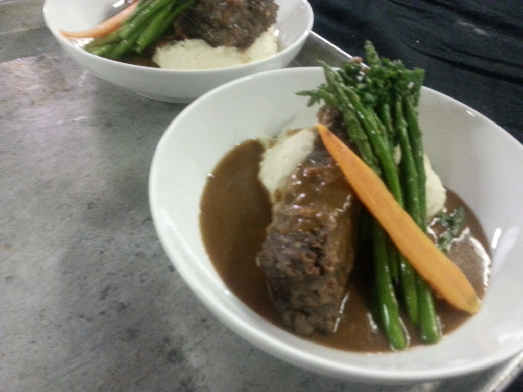 VIP Meal (Braised Beef Short Ribs with Red Wine Reduction, Sour Cream ...