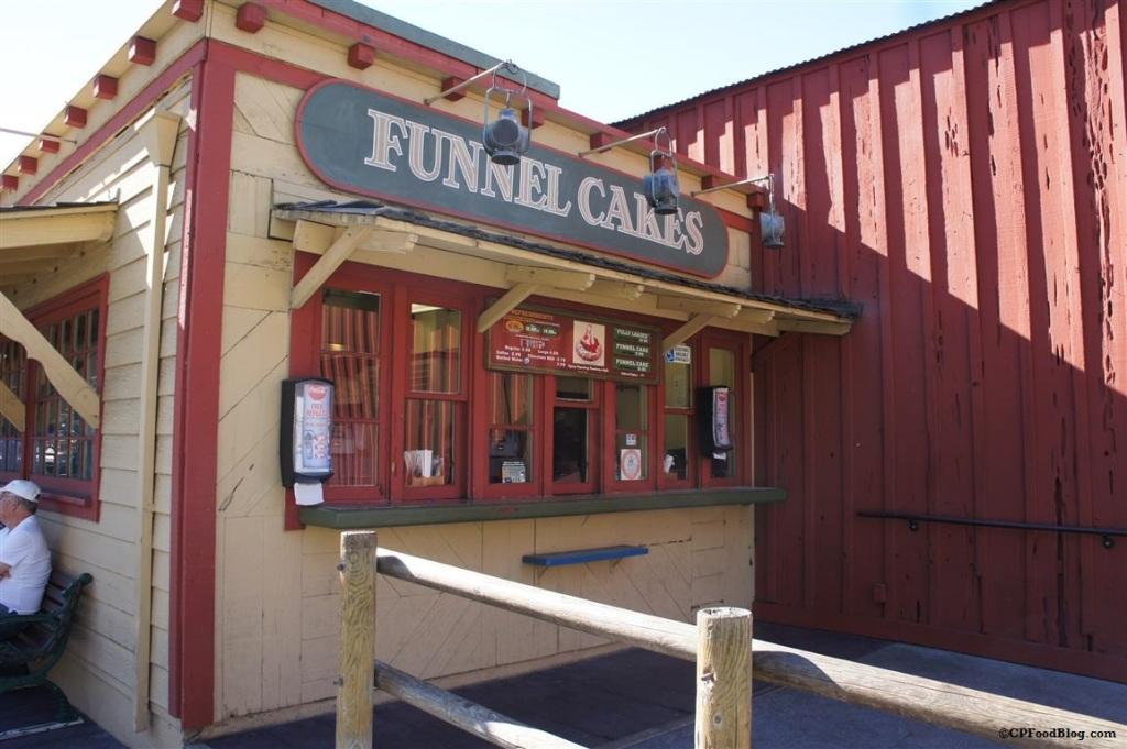 141125 Knott's Log Ride Funnel Cake
