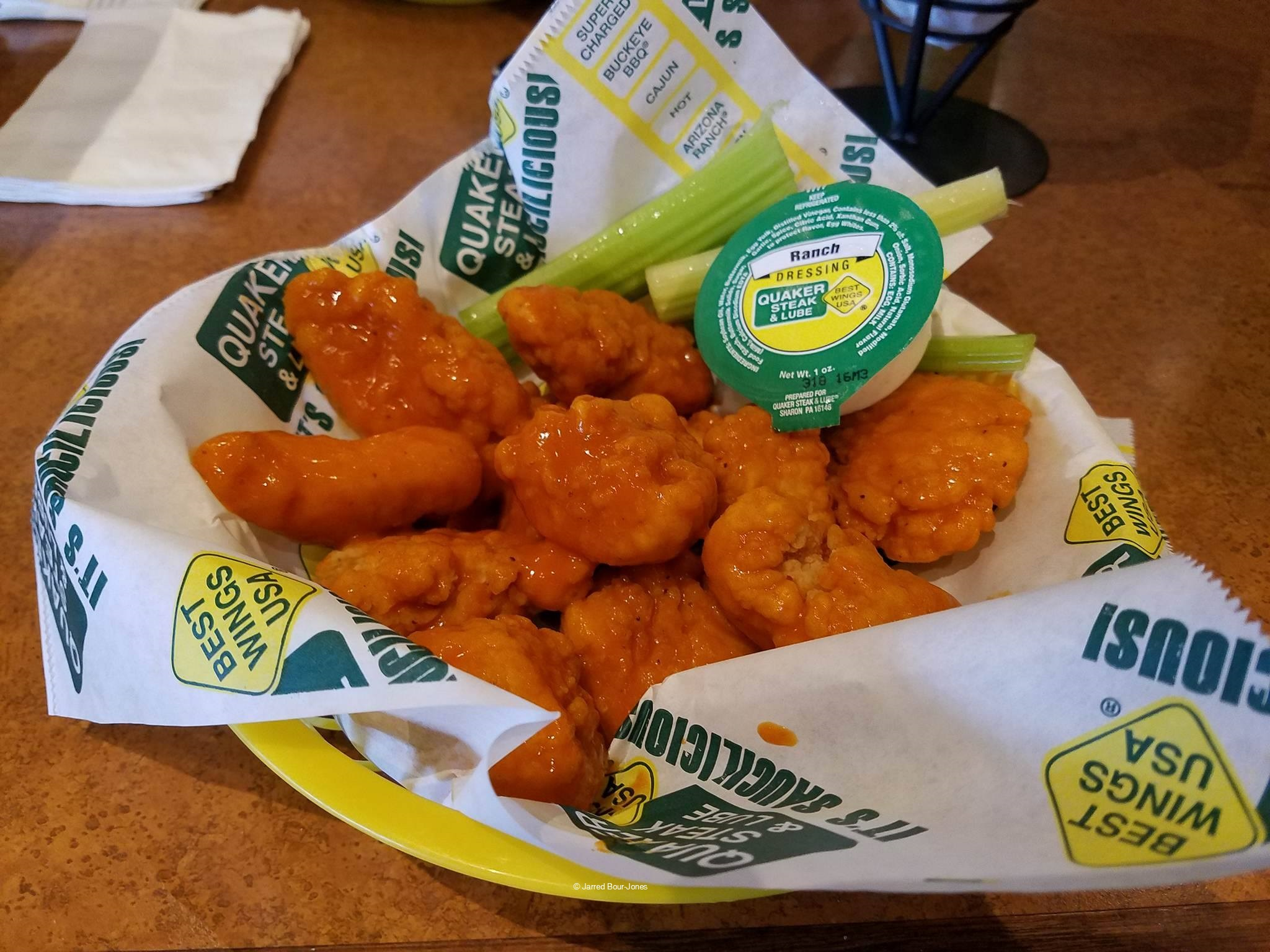 170104 Cedar Point Quaker Steak Lube Hot Boneless Wings ©Jarred Bour-Jones