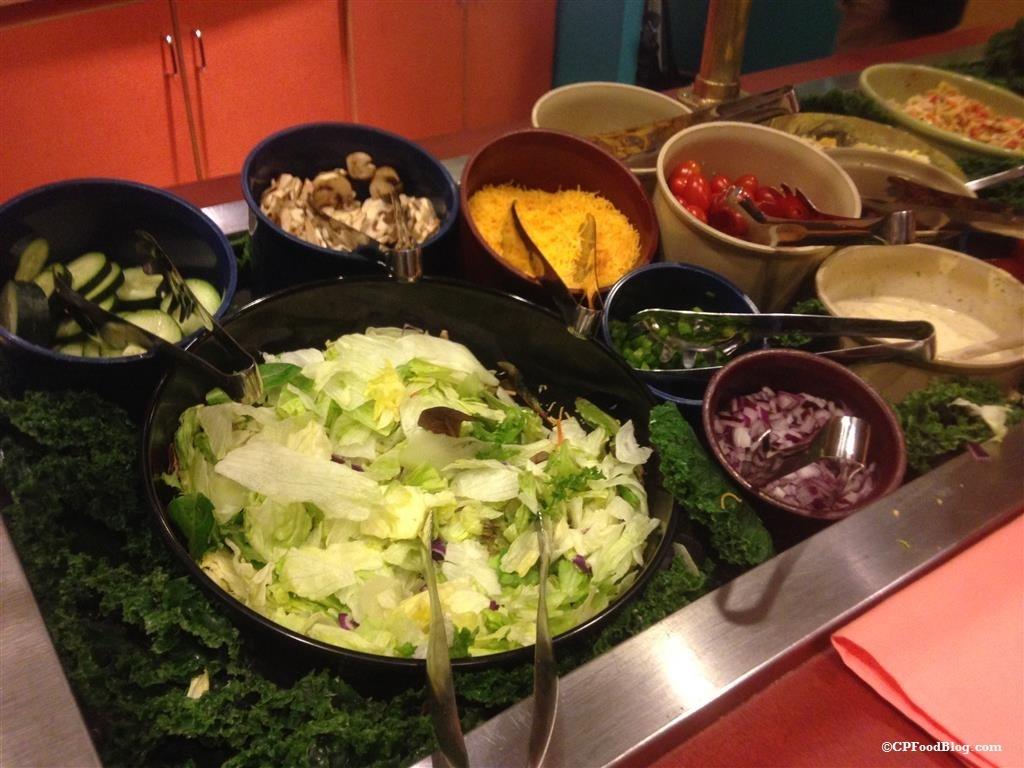 150130 Castaway Bay Mango Mike's Salad Bar