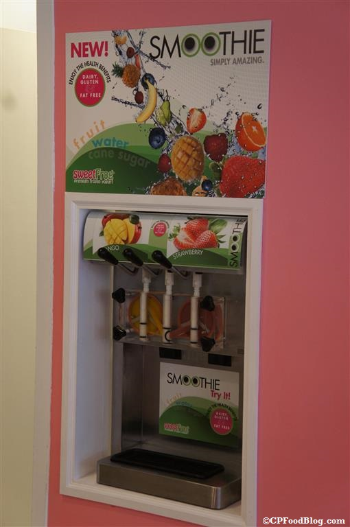 140408 Kings Dominion Sweet Frogs Smoothies