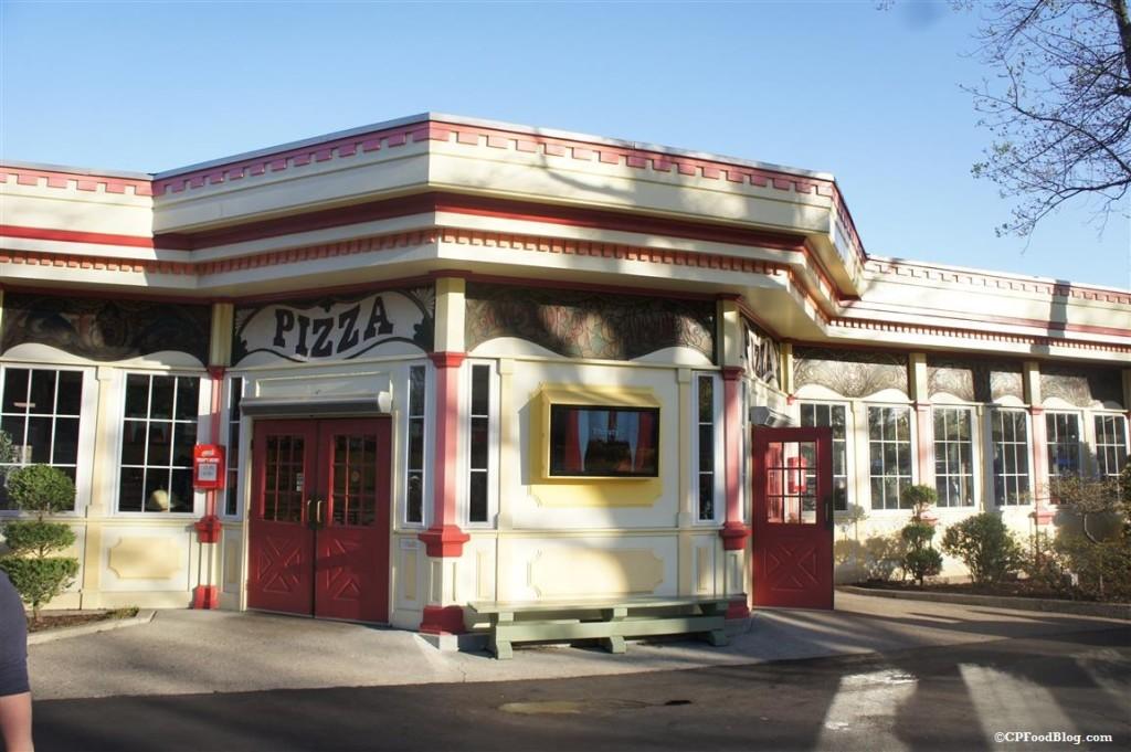 150411 Kings Dominion Victoria Gardens Pizza