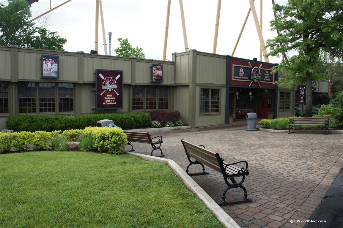 150517 Kings Island Reds Hall of Fame Grill