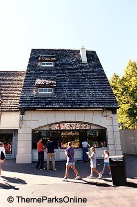 Kings Island International Funnel Cakes ©WorldsofFun.org