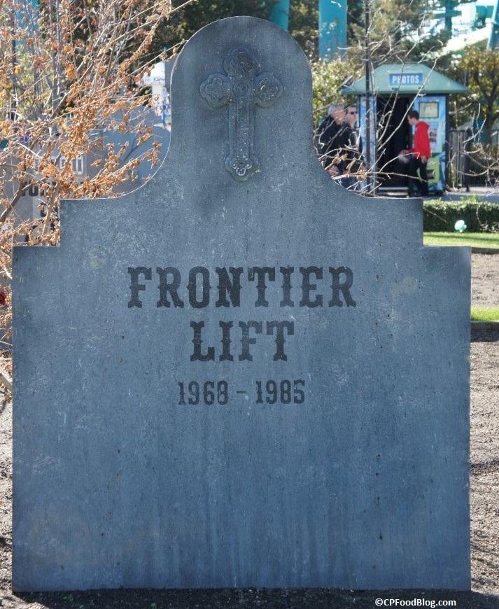 151025 Cedar Point Ride Graveyard (24)