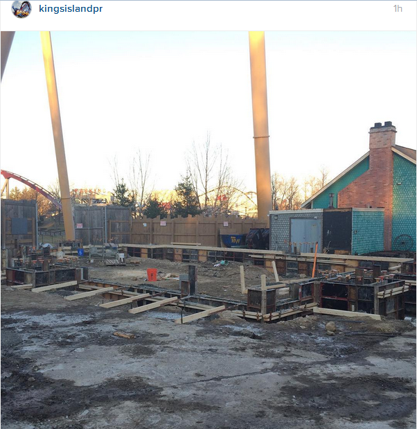 160131 Kings Island New Rivertown Funnel Cake Building Construction