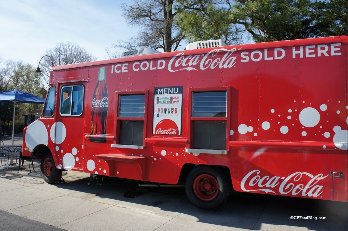 160330 Kings Dominion Coca-Cola Beverage Truck