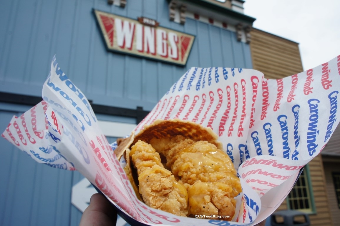 160401 Carowinds Chicken and Waffles (2)