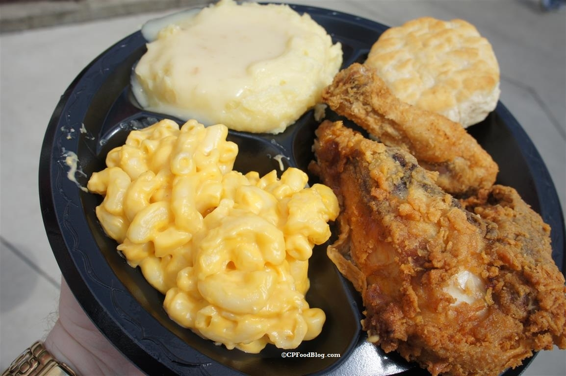 160402 Kings Dominion Country Kitchen Fried Chicken (1)