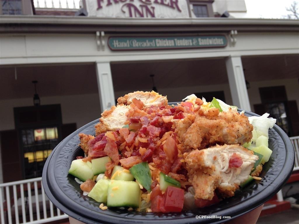 160430 Cedar Point Frontier Inn Crispy Chicken BLT Salad (1)