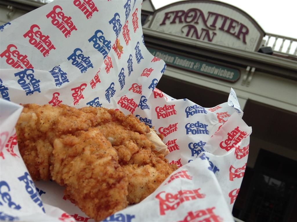 160430 Cedar Point Frontier Inn Hand Breaded Chicken Tenders (1)