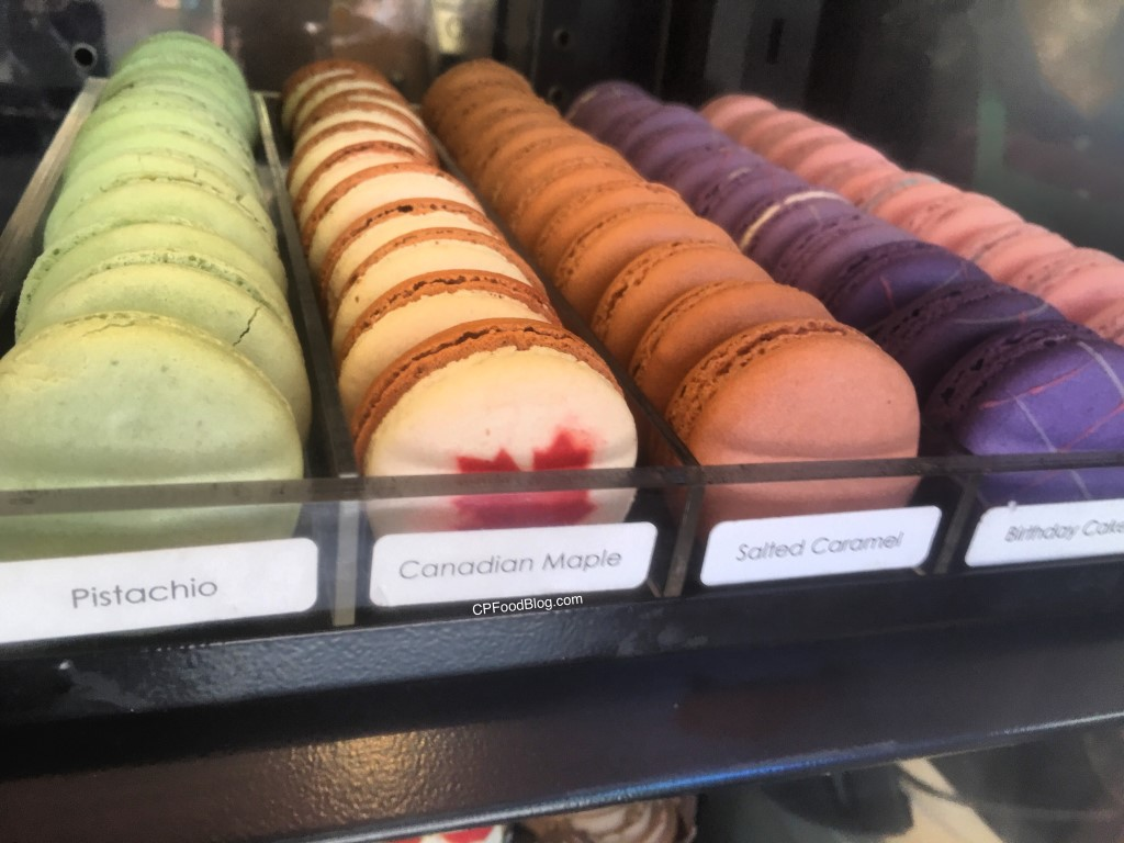 170624 Canada's Wonderland Mountainside Bakery Macaroons (2)