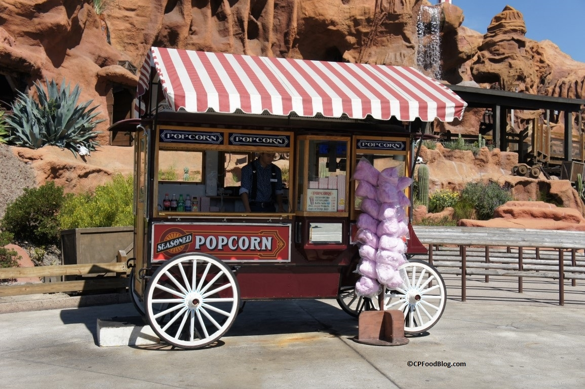 160419 Knott's Berry Farm Ghost Town Popcorn Cart