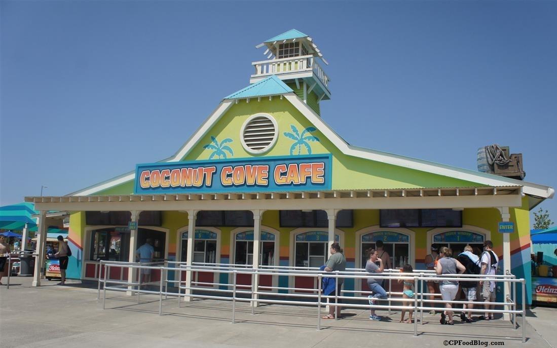 160522 Kings Island Soak City Coconut Cove Cafe