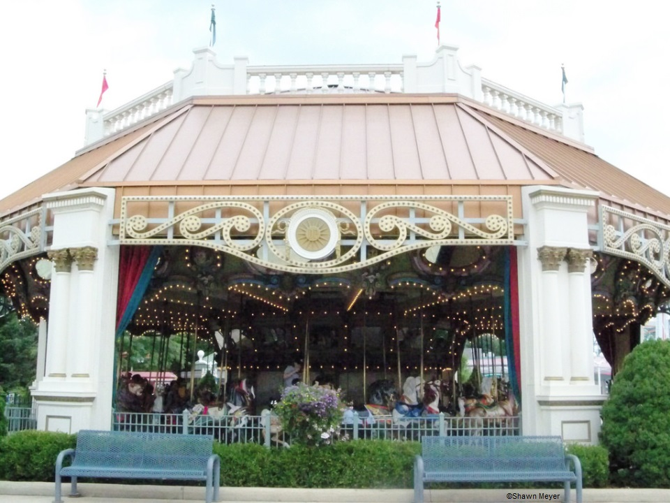 110622 Dorney Park Carousel ©Shawn Meyer
