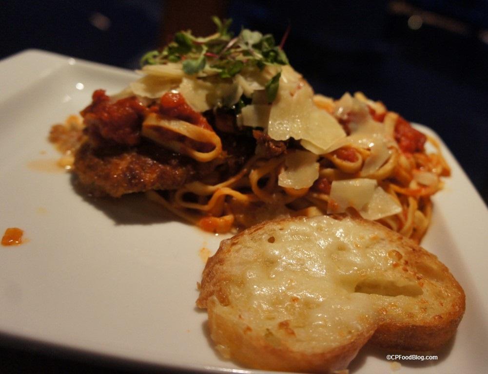 170222 Cedar Point's Bay Harbor Chicken Parmesan (3)