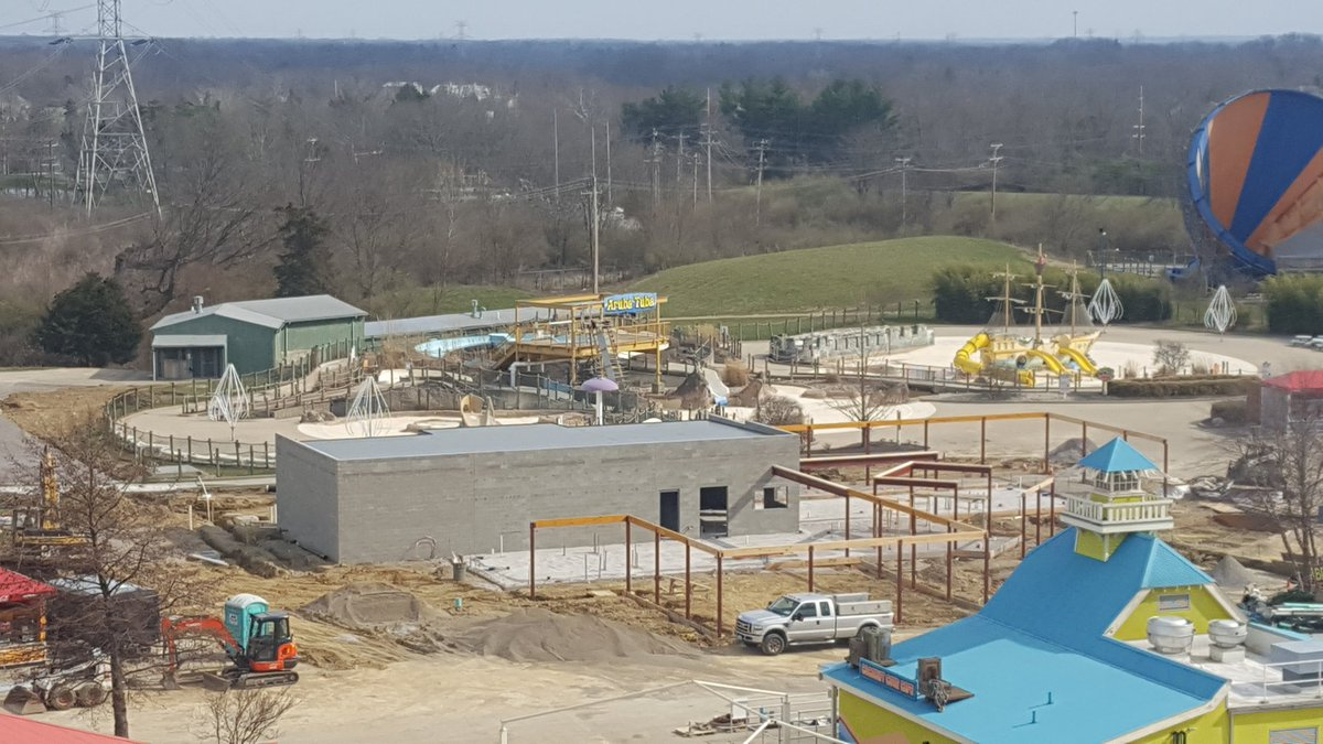 170325 Kings Island Smokehouse Construction ©@KIChefNate