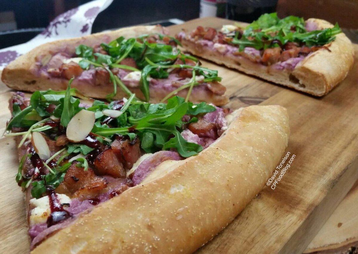 170314 Knott's Berry Farm Boysenberry Pizza 2