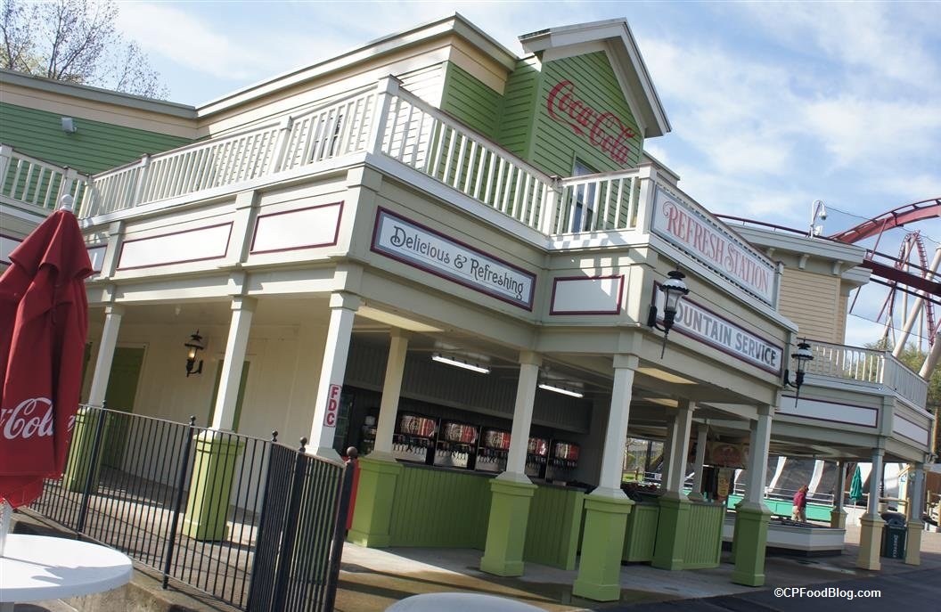 170413 Kings Island Rivertown Refresh Station