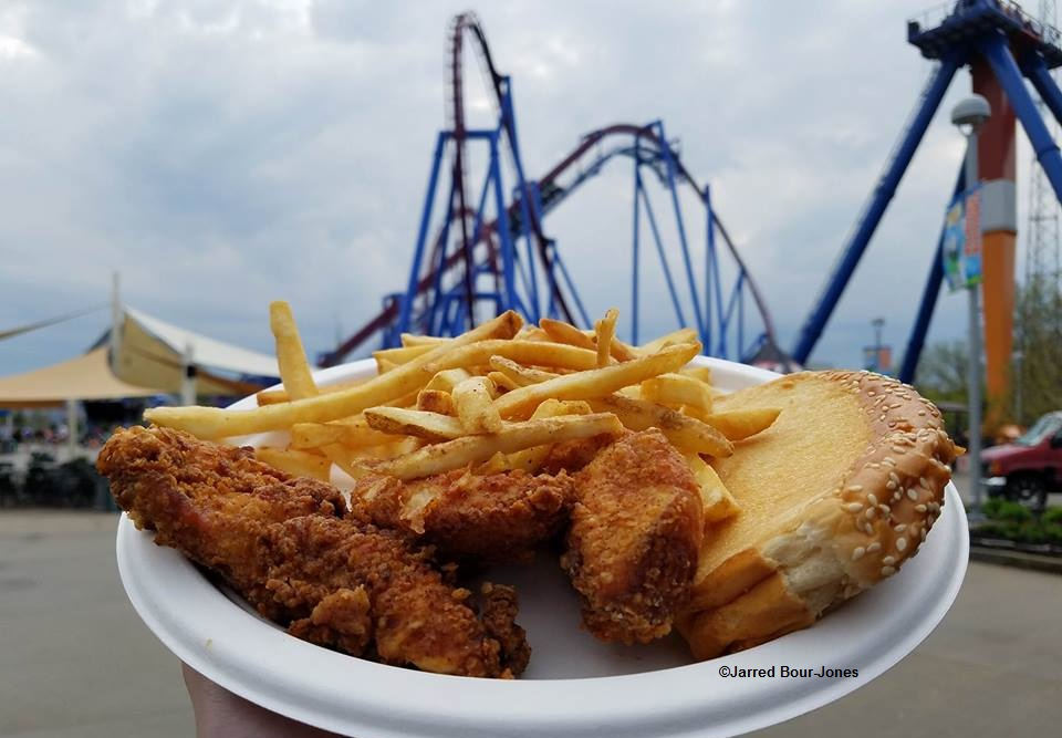 170415 Kings Island Chicken Shack Hand Breaded Tenders ©Jarred Bour-Jones