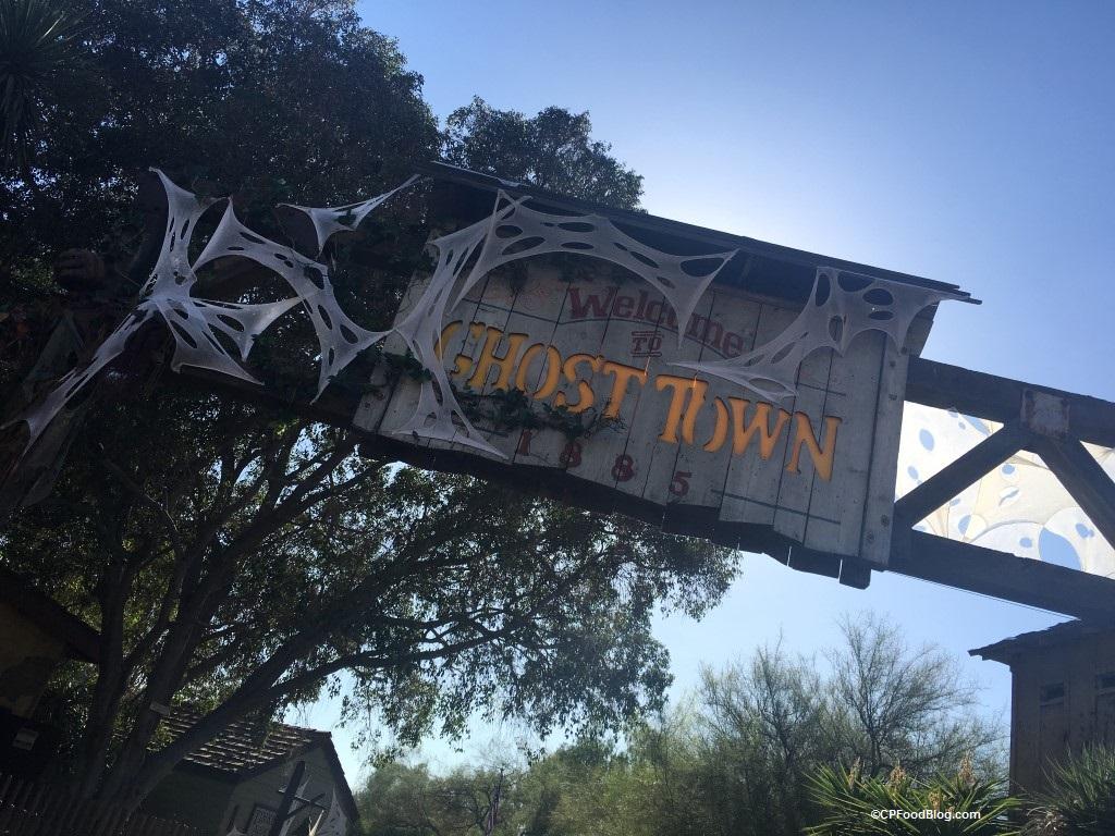 160924 Knott's Scary Farm (2)