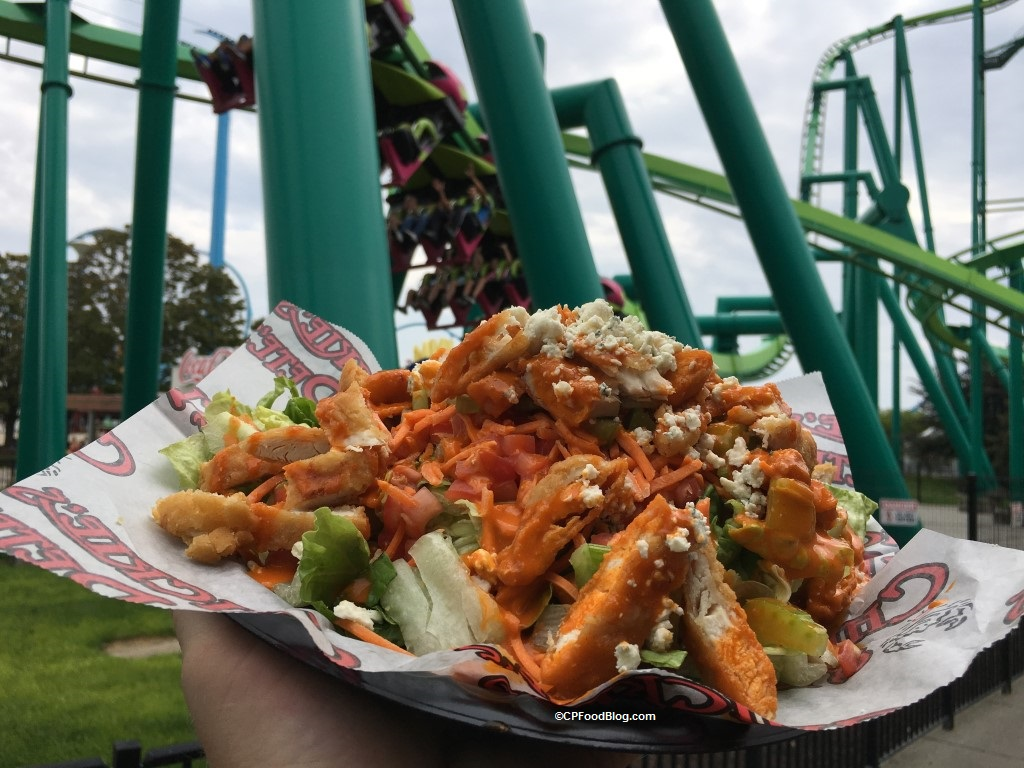 170829 Cedar Point Chickie's & Pete's Buffalo Chicken Salad (4)