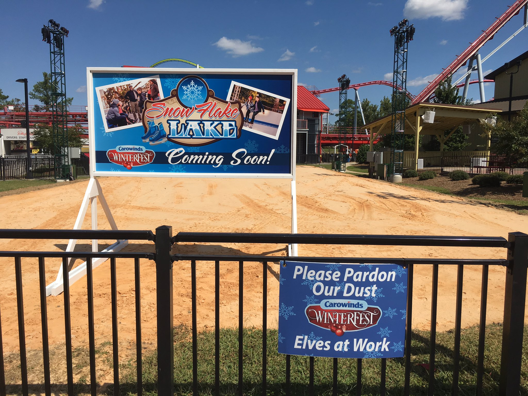 2017 Carowinds Winterfest Snowflake Lake Construction