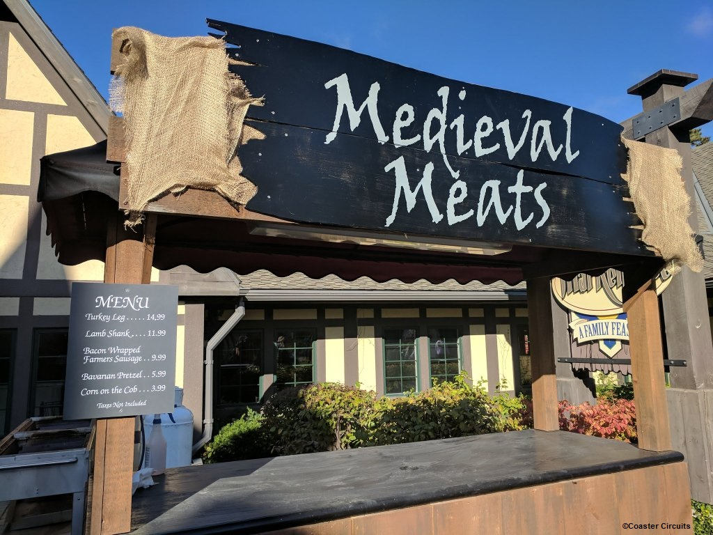 170930 Canada's Wonderland Haunt Medieval Meats Stand ©Coaster Circuits