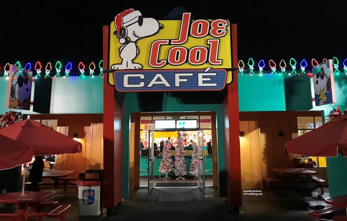 171124 California's Great America Winterfest Joe Cool Cafe ©Ashley Robbins