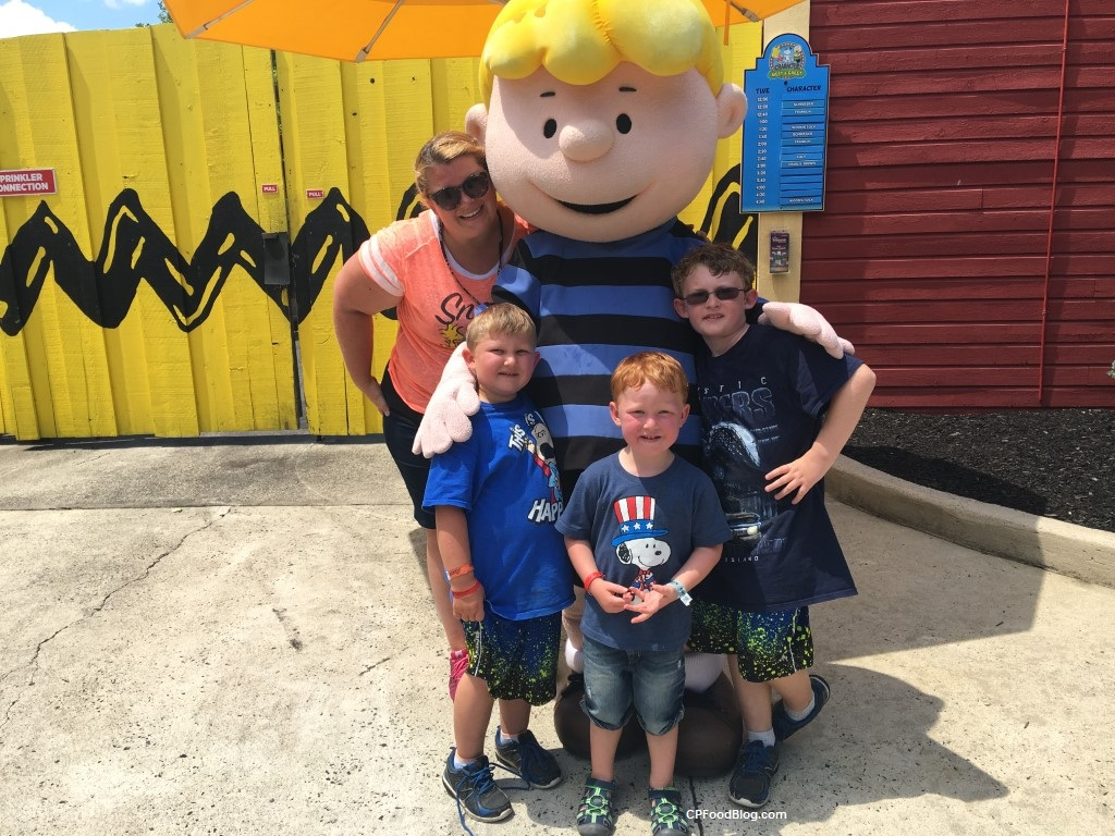 May 2018 dorney park season passholder party with the peanuts cp 170702 dorney park character meet greet m4hsunfo